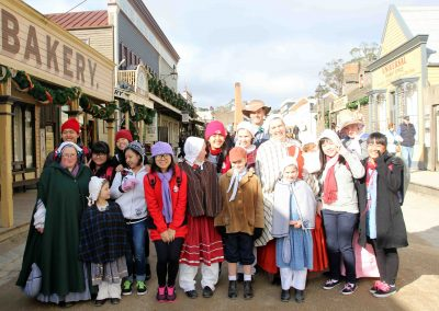 melbourne-sovereign-hill-with-locals